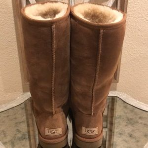 """UGG Shoes - UGG TALL CLASSIC CHESTNUT SZ 8 """"NEW """""""